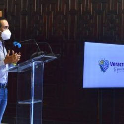 Veracruz sigue en rojo, pero por mensajes vagos del gobierno la gente cree que puede salir, dice alcalde
