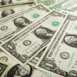 El dólar interbancario concluyó la jornada en $22.38