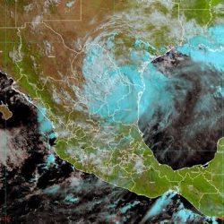 """""""Hanna"""" deja sin luz a Monterrey"""