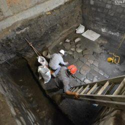 Descubren restos del Palacio de Axayácatl bajo el Monte de Piedad en la CDMX