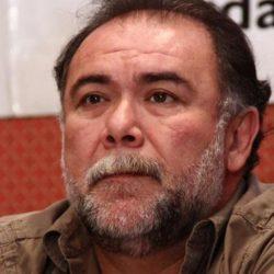 Jesús Ochoa pide dinero para artistas callejeros