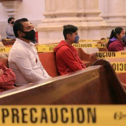 Reanudan misas con fieles en la Ciudad de México