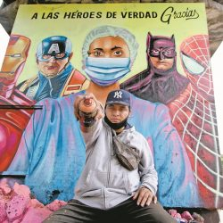Artistas gráficos rinden homenaje a personal médico