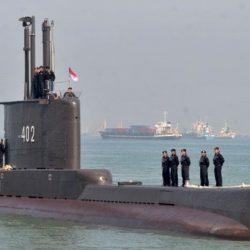 Rescatistas buscan submarino desaparecido en Indonesia con 53 personas a bordo