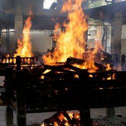 Incendio en hospital de la India cobra la vida de 18 pacientes COVID-19